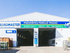 Euromaster Pneumatics Perelló Truck Solution