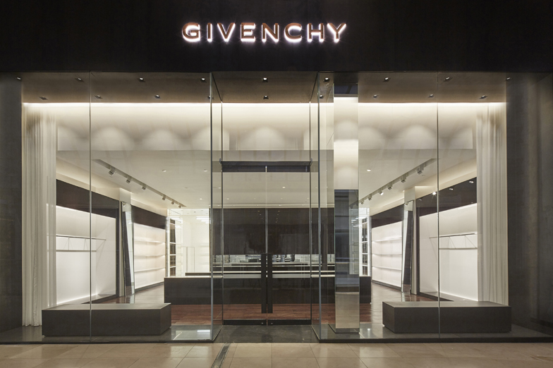 GIVENCHY CHADSTONE SHOPPING CENTER - MELBOURNE