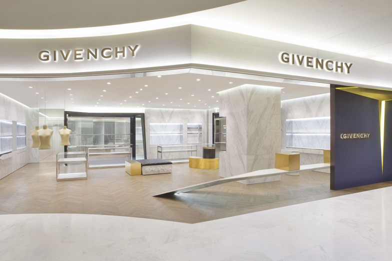 GIVENCHY GALERIES LAFAYETTE - WOMEN - Beijing