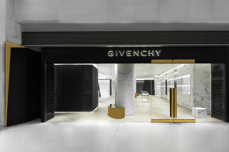 GIVENCHY ELEMENTS - WOMEN/MEN - HONG-KONG