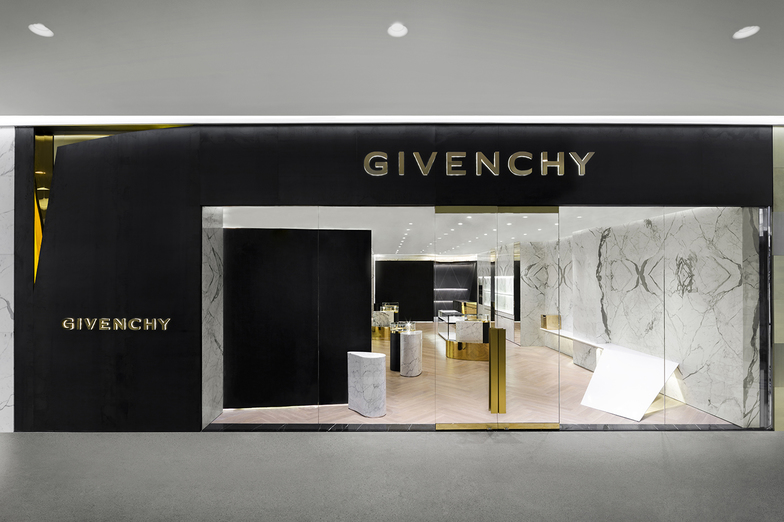 GIVENCHY Bangkok - WOMEN/MEN - Bangkok