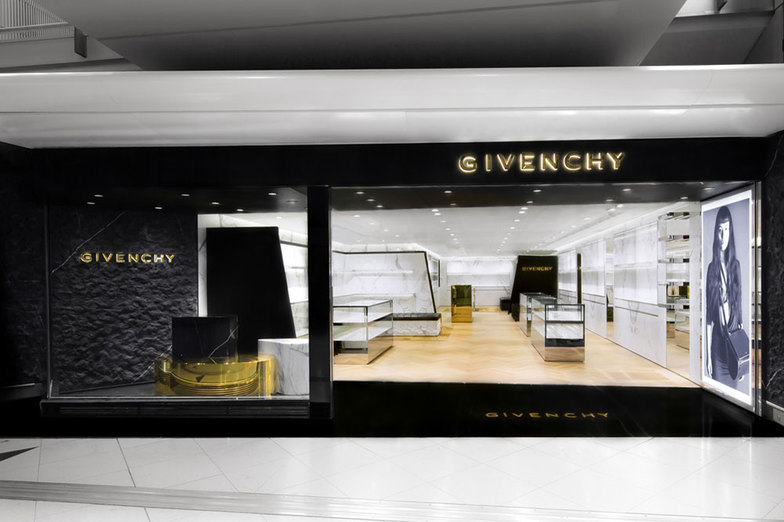 GIVENCHY HONG KONG AIRPORT - ACCESSORIES - HONG-KONG