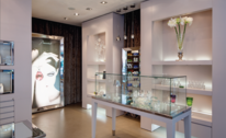CRYSTAL HERITAGE SHOWROOM