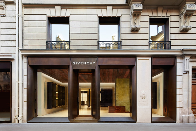 GIVENCHY MARAIS - WOMEN/MEN - Paris